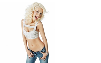 Christina Aguilera in blue jeans wallpaper