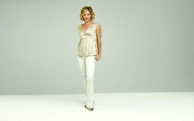 Christina Applegate in white pants wallpaper
