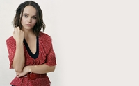 Christina Ricci in a red dotted shirt wallpaper 1920x1200 jpg
