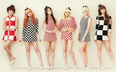 Cute girls from Hello Venus wallpaper