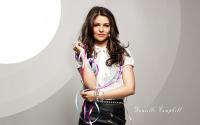 Danielle Campbell [2] wallpaper