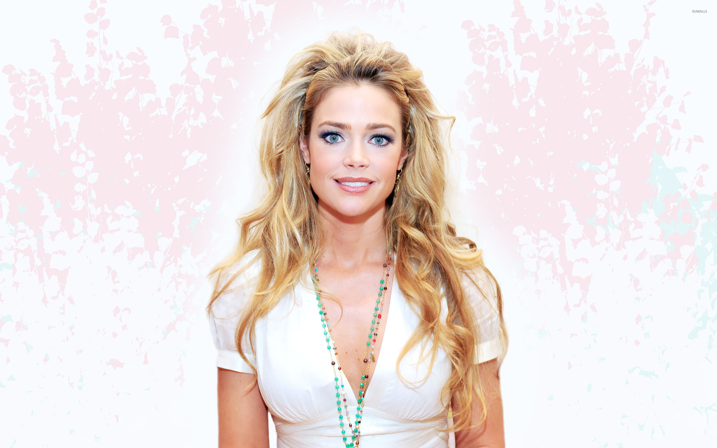 denise richards 1920x1200 wallpapers - photo #28