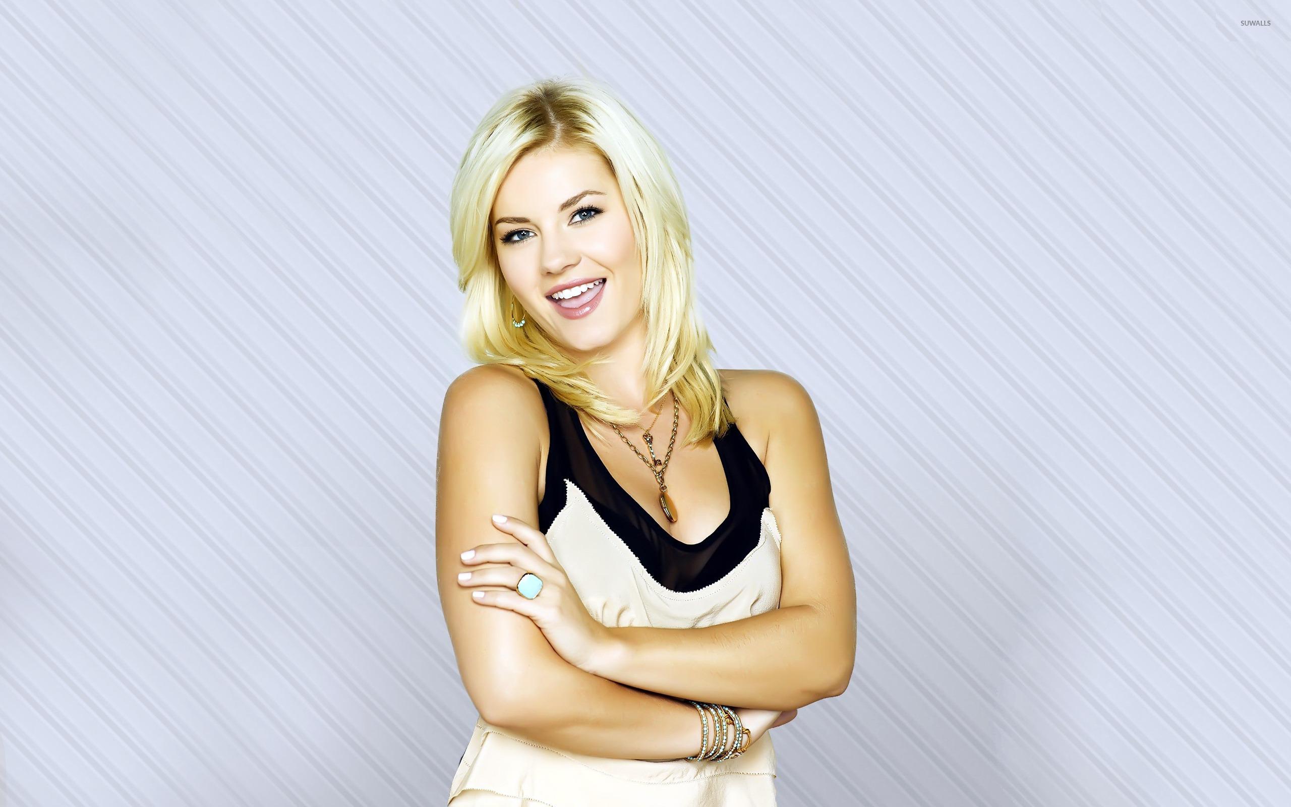 elisha cuthbert celebrity screensaver - photo #4