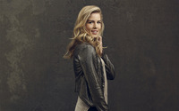 Emily Bett Rickards [2] wallpaper 2560x1600 jpg