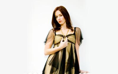Emily Blunt [4] wallpaper