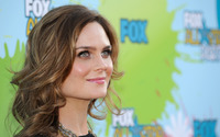Emily Deschanel [3] wallpaper 2560x1600 jpg