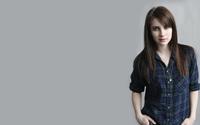 Emma Roberts [8] wallpaper 2560x1600 jpg
