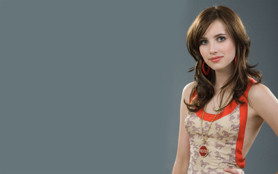 Emma Roberts [2] wallpaper