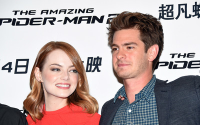 Emma Stone and Andrew Garfield [2] wallpaper