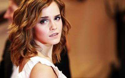 Emma Watson [56] wallpaper