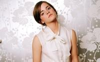Emma Watson [61] wallpaper 1920x1200 jpg