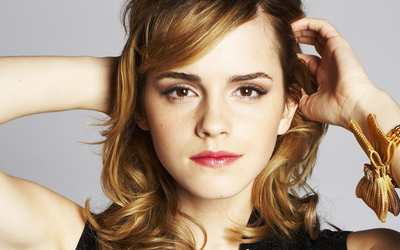 Emma Watson [10] wallpaper