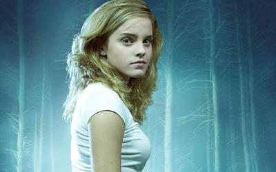 Emma Watson [47] wallpaper
