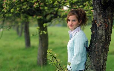 Emma Watson [58] wallpaper