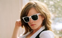Emma Watson [57] wallpaper 1920x1200 jpg