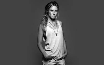 Gillian Zinser wallpaper