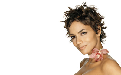 Halle Berry [8] wallpaper