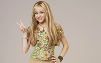 Hannah Montana - Miley Cyrus wallpaper 1920x1200 jpg