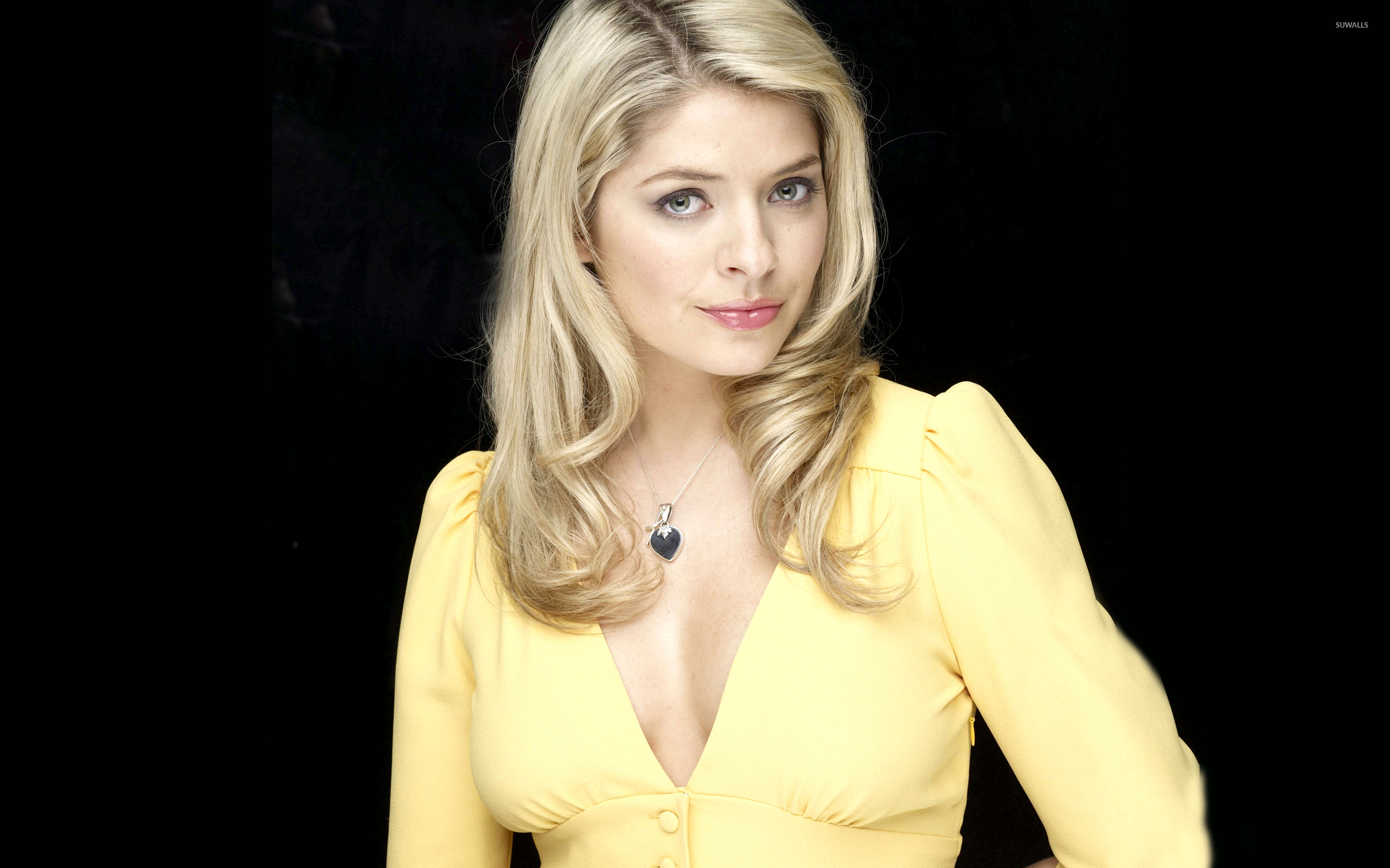 holly willoughby [3] wallpaper - celebrity wallpapers - #4410