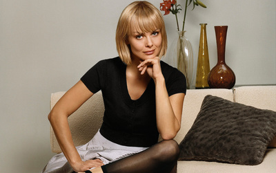 Izabella Scorupco wallpaper