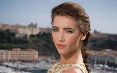 Jacqueline MacInnes Wood [2] wallpaper
