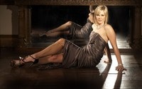 Jenni Falconer wallpaper 2560x1600 jpg
