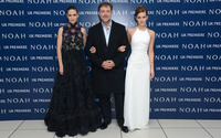 Jennifer Connely, Russel Crowe and Emma Watson wallpaper 2880x1800 jpg