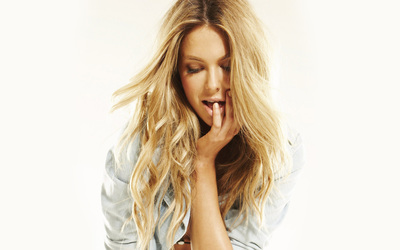 Jennifer Hawkins [7] wallpaper