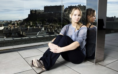 Jennifer Lawrence [28] wallpaper