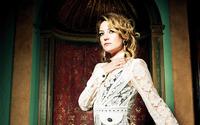 Kate Hudson [12] wallpaper 2560x1600 jpg