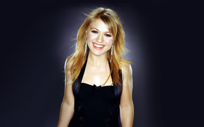 Kelly Clarkson [7] wallpaper