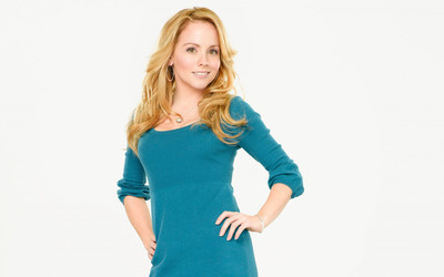 Kelly Stables [2] wallpaper