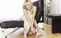 Kim Cattrall wallpaper 2560x1600 jpg