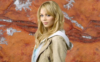 Laura Vandervoort [7] wallpaper