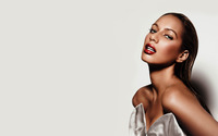 Leona Lewis [16] wallpaper 2560x1600 jpg