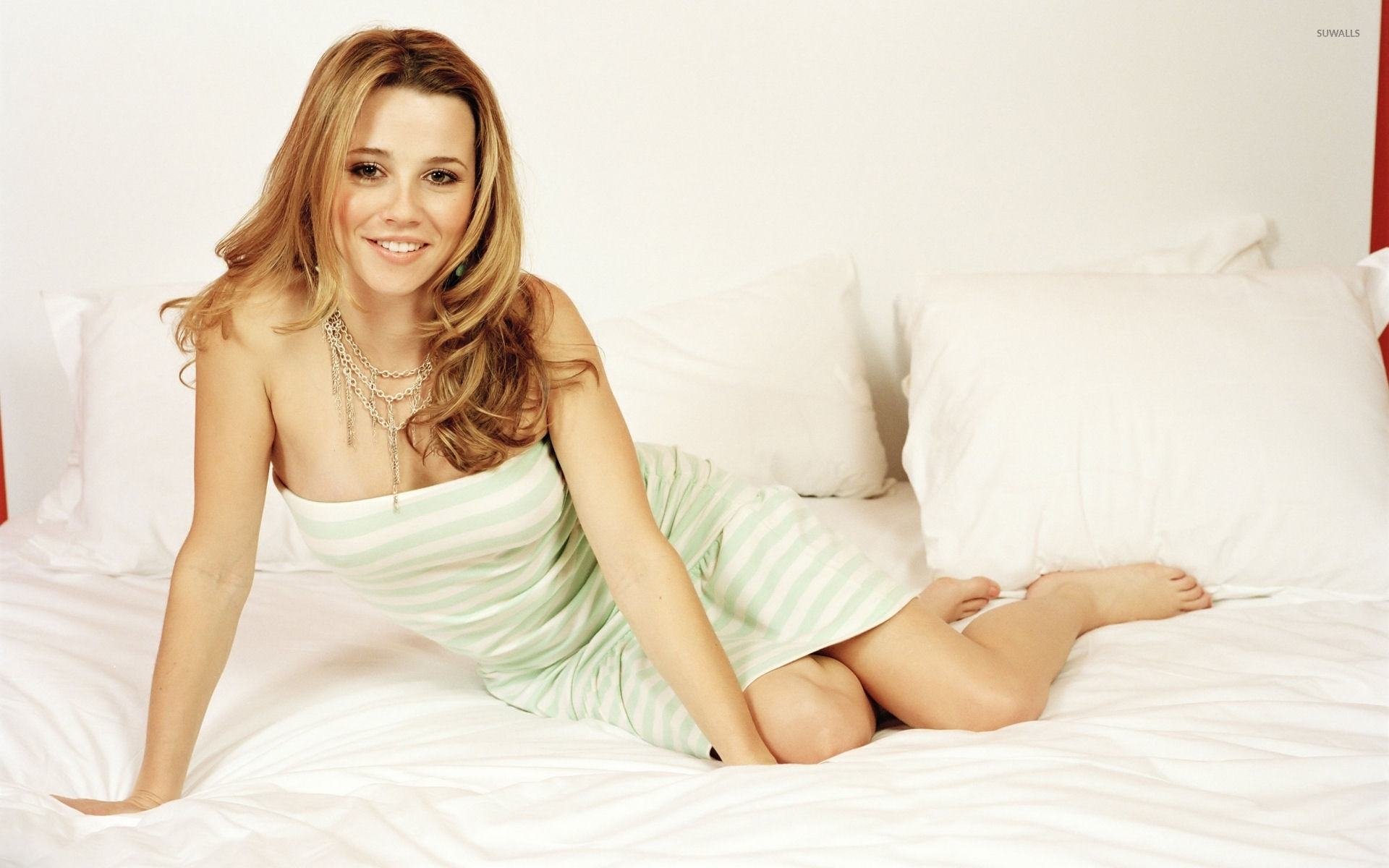 Linda Cardellini [4] wallpaper - Celebrity wallpapers - #42940