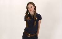 Madeline Carroll [2] wallpaper 1920x1200 jpg