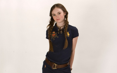 Madeline Carroll [2] wallpaper