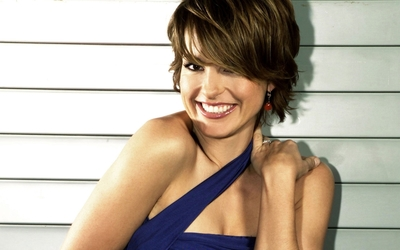 Mariska Hargitay wallpaper