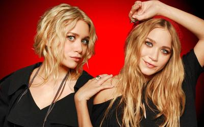 Mary-Kate and Ashley Olsen wallpaper