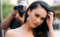 Megan Fox [11] wallpaper 2560x1600 jpg