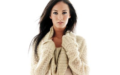 Megan Fox in a beige sweater wallpaper