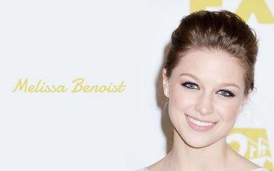 Melissa Benoist smiling wallpaper