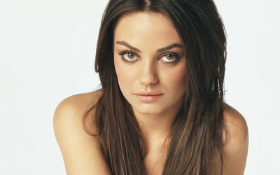 Mila Kunis [2] wallpaper