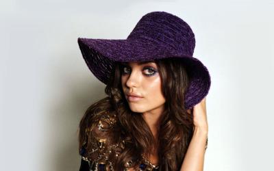 Mila Kunis [13] wallpaper