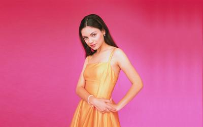 Mila Kunis [15] wallpaper