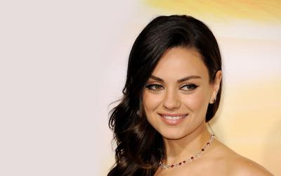 Mila Kunis [24] wallpaper