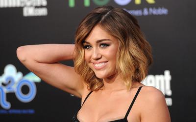 Miley Cyrus [31] wallpaper