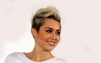Miley Cyrus [28] wallpaper 2880x1800 jpg