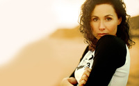 Minnie Driver [2] wallpaper 1920x1200 jpg